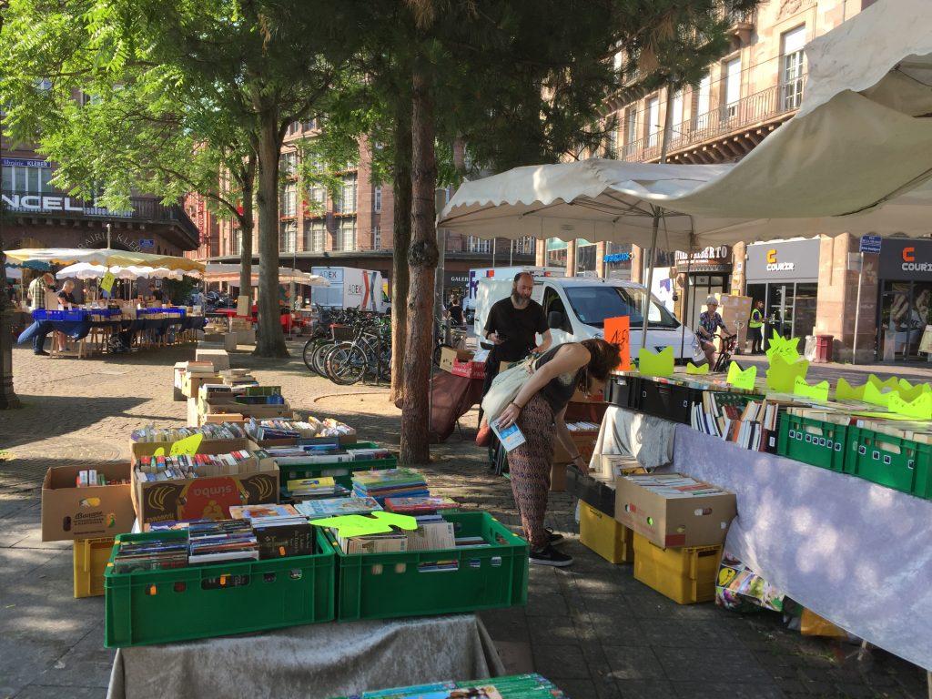 Marché du livre Place Kléber Strasbourg